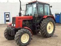 Traktor Belarus 820